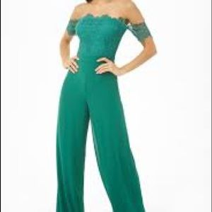 NWT forever 21 emerald chiffon and lace jumpsuit